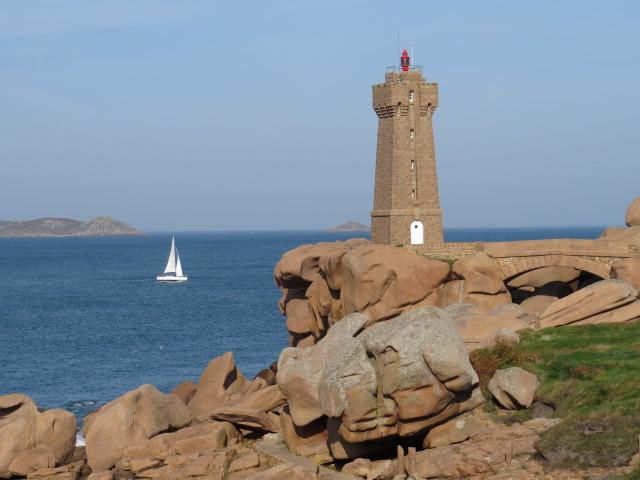 Plutonac'h Lighthouse