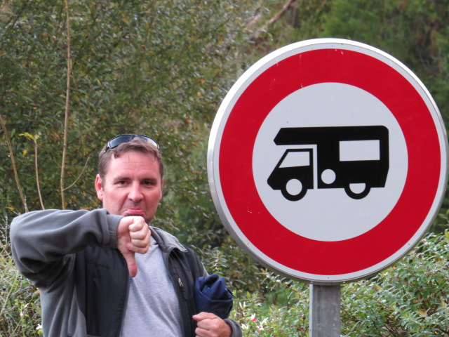 No Motorhomes!