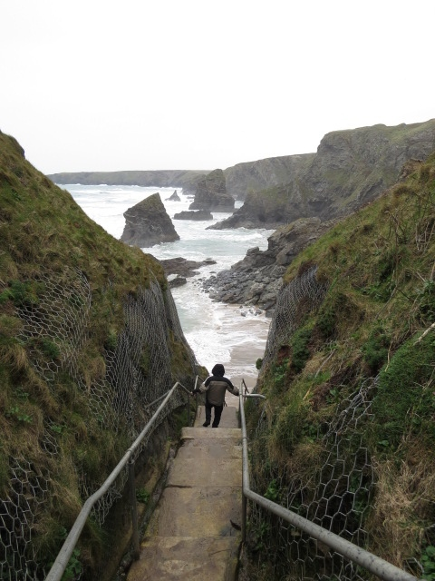 Bedruthan Steps down to the beach