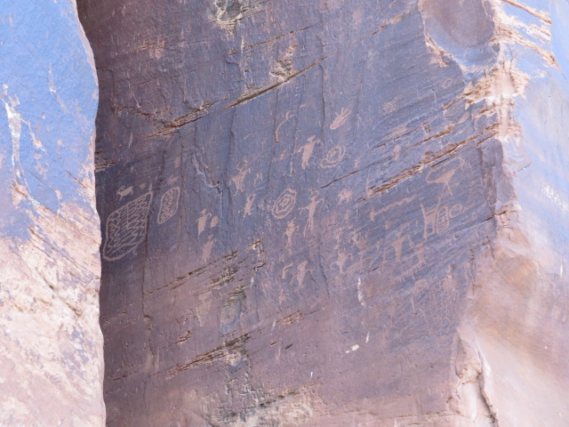 More Petroglyphs - Potash Road