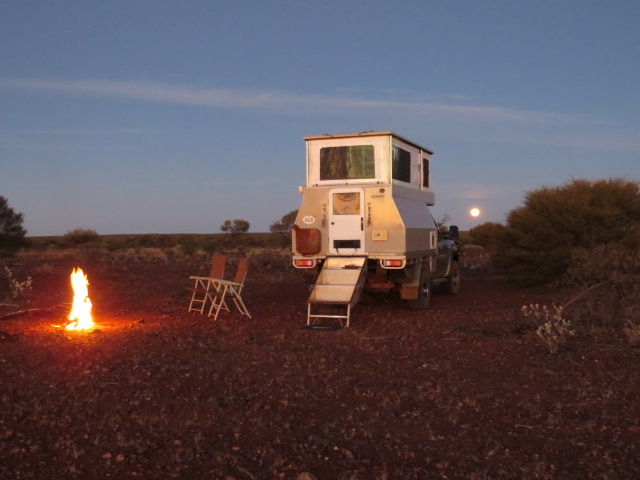 Camped back under the Southern Cross...