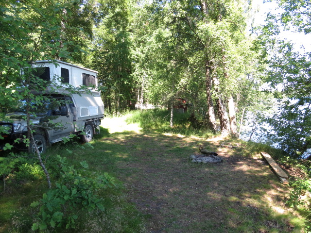 Our idyllic Lake Vattern Campsite