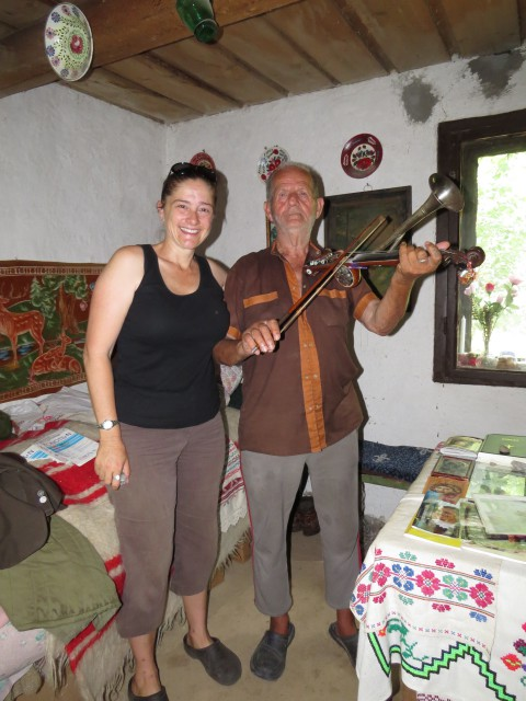 Friendly Local, Burtic Gheorge, played some music