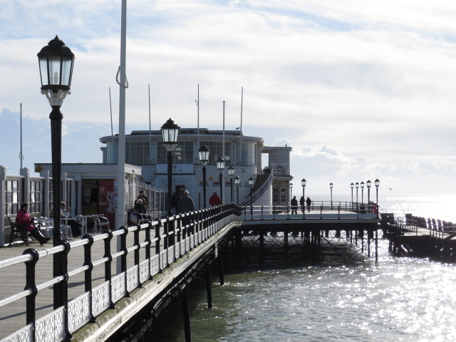 Excursions to Worthing Pier