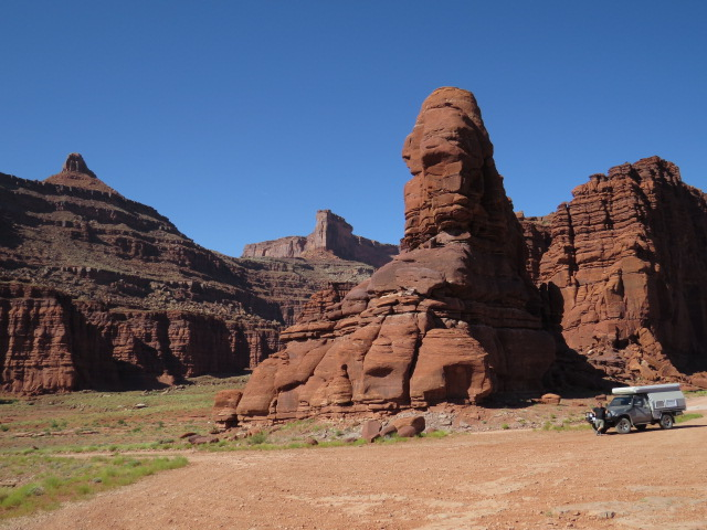 The scenery around Moab and Potash Road