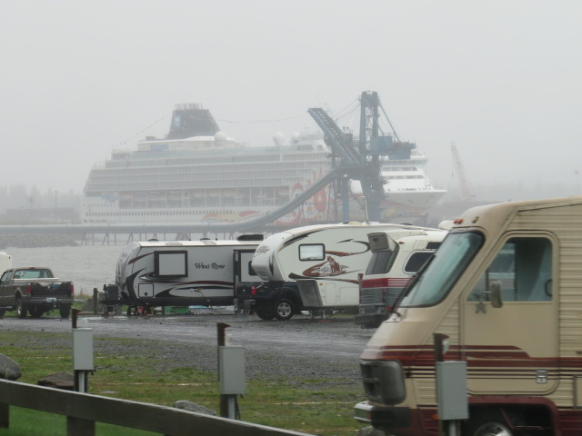 Last cruise ship of the season in Seward